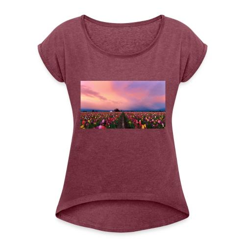 flowers - Women's Roll Cuff T-Shirt