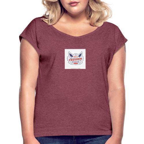 wings of freedom - Women's Roll Cuff T-Shirt